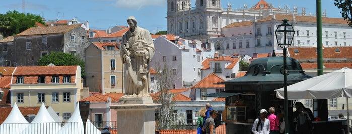 Alfama is one of 101 coisas para fazer em Lisboa antes de morrer.