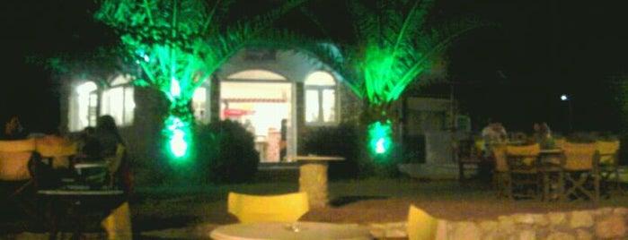 Porta-Mare Cafe-Bar is one of Locais curtidos por Tolis.