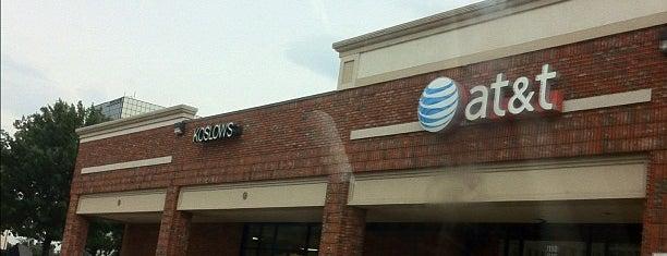 AT&T is one of Lugares favoritos de Bob.