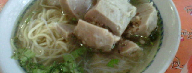Bakso Aneka is one of Togiさんのお気に入りスポット.
