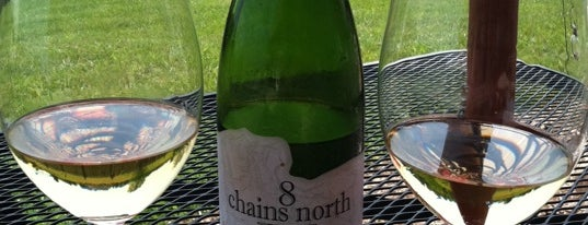 8 Chains North is one of Dog Friendly Wineries.