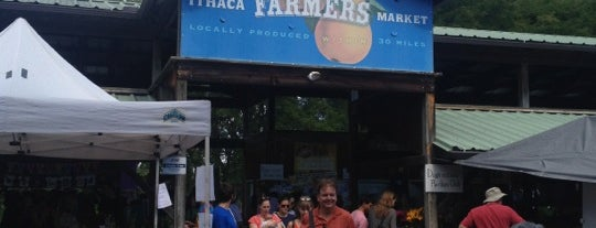 Ithaca Farmers Market is one of Orte, die Emily gefallen.