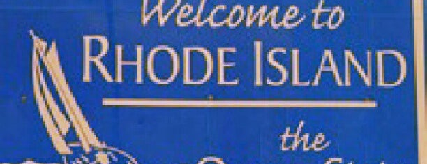 Connecticut / Rhode Island State Line is one of Lindsayeさんのお気に入りスポット.
