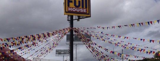 FullHouse is one of Tempat yang Disukai Sergio.