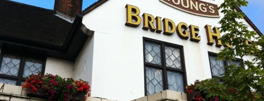 Bridge Hotel is one of Tempat yang Disukai Carl.