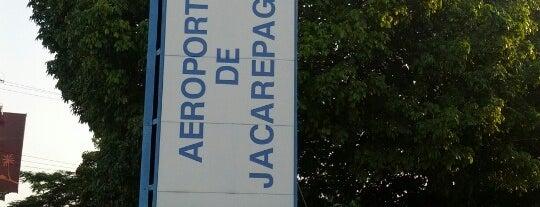 Aeroporto de Jacarepaguá / Roberto Marinho (SBJR) is one of Aeroportos.