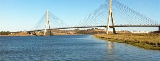 Ponte / Puente Internacional do / del Guadiana is one of Josh : понравившиеся места.