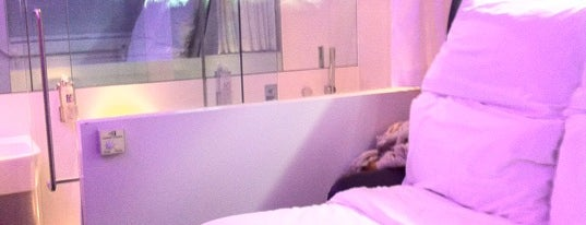 Yotel is one of Pleasure Spots in the UK.
