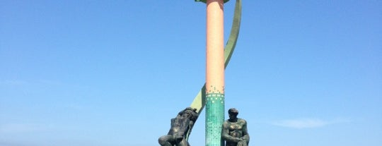 Monumento al Pescador is one of Ishkaさんのお気に入りスポット.
