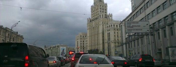 Садовая-Спасская улица is one of Orte, die Nastasia gefallen.