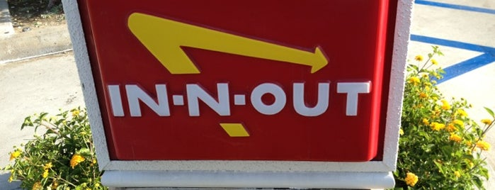 In-N-Out Burger is one of Posti che sono piaciuti a Ryan.