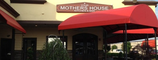 Your Mother's House Kitchen & Bar is one of Locais curtidos por Brian.