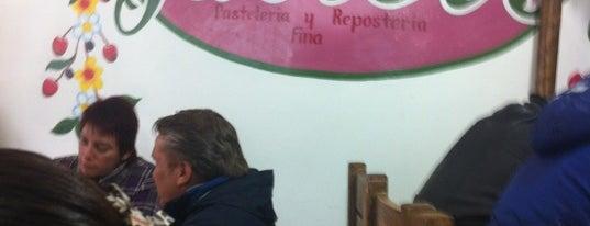 Cafe Javier's is one of Locais salvos de Aline.