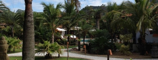 Praia do Estaleiro Guest House is one of Viagens.