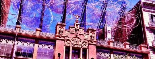 Fundació Antoni Tàpies is one of Museus de Barcelona.