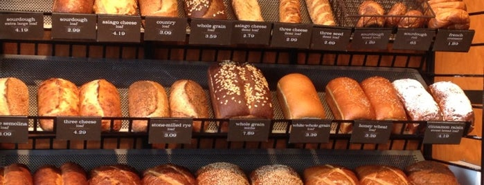Panera Bread is one of สถานที่ที่ Bianca ถูกใจ.