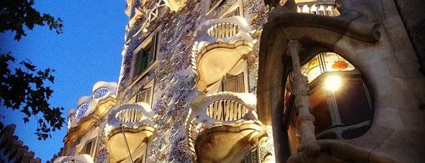Casa Batlló is one of Lugares para volver siempre.