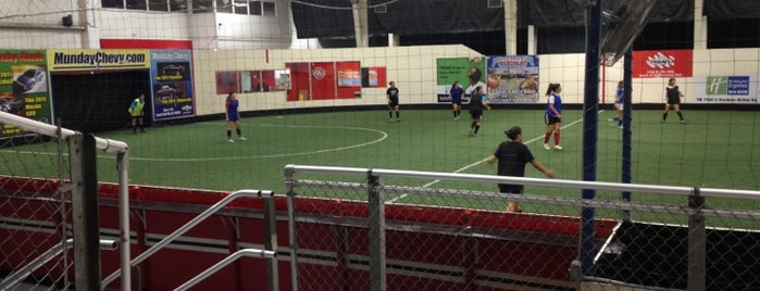 Northwest Indoor Soccer is one of Taneshiaさんの保存済みスポット.