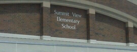 Summit View Elementary is one of Matt'ın Beğendiği Mekanlar.