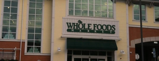 Whole Foods Market is one of Lugares favoritos de Al.