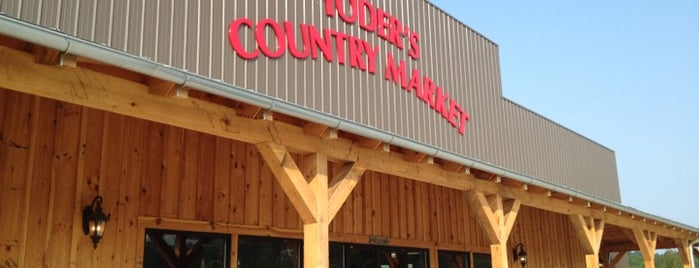 Yoder's Country Market is one of Lugares favoritos de Lulu.