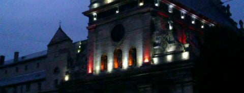 Церква св. Андрія Первозванного / Church of St. Andrew is one of Tempat yang Disukai Lucy🔥.