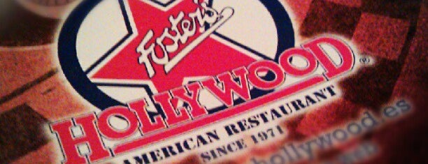 Foster's Hollywood is one of Jonatanさんのお気に入りスポット.