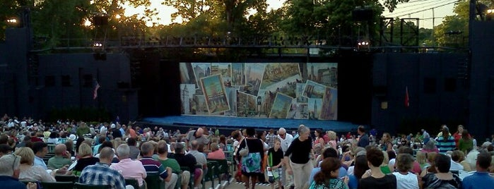 The Muny is one of St. Louis.