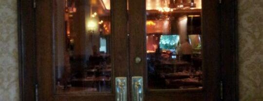 The Tavern at The Broadmoor is one of Tempat yang Disukai Mark.