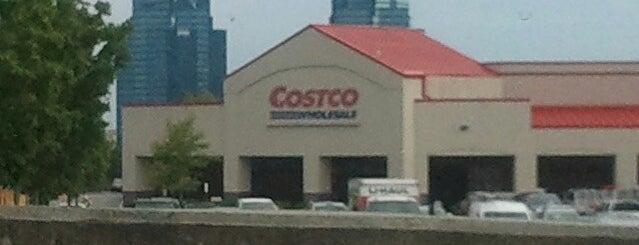 Costco is one of Orte, die Cindy gefallen.