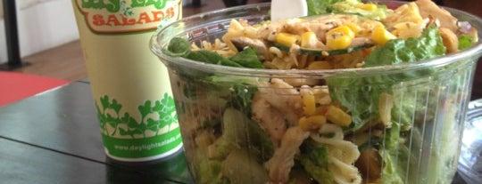 Day Light Salads is one of สถานที่ที่ Corasoun ถูกใจ.