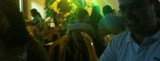 Berinjela's Bar is one of Locais curtidos por Pabllo.