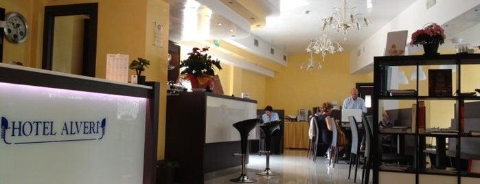 Hotel Alverì is one of Runes'in Beğendiği Mekanlar.