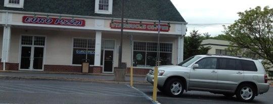 Starbucks is one of Lugares favoritos de Rob.