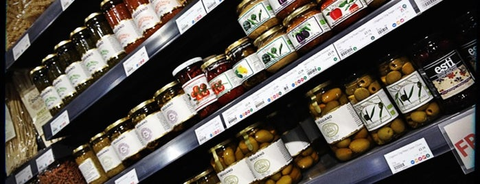 Planet Organic is one of londra.