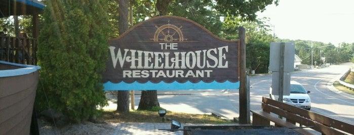 The Wheelhouse Restaurant is one of LAXgirl'in Beğendiği Mekanlar.