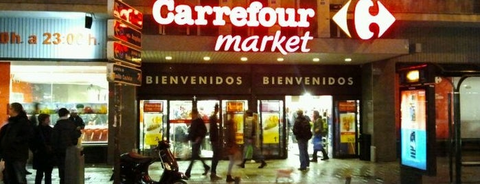 Carrefour Market is one of Nuevo Barrio.