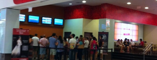 Cinemark is one of Lugares guardados de Jason.