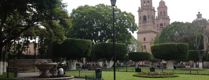 Plaza de Armas is one of FICM.