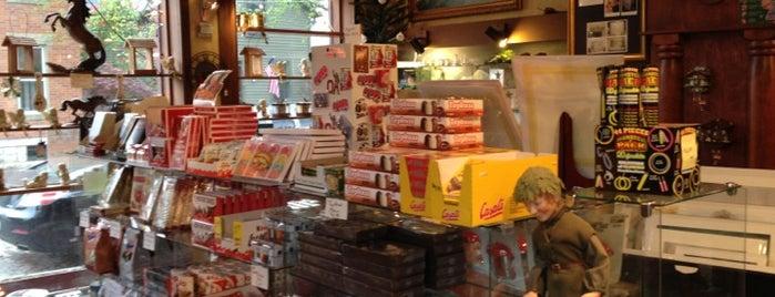 Schmidt's Fudge Haus is one of Work Travels.