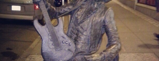 Jimi Hendrix Statue is one of Seattle.