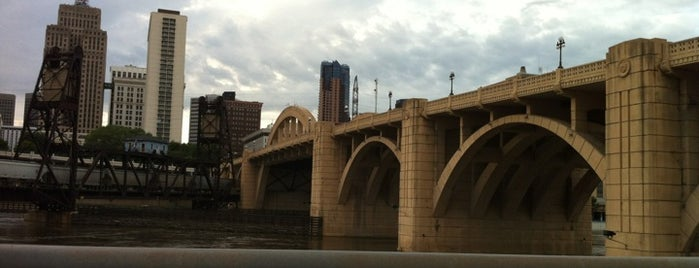 Robert Street Bridge is one of Bridges in Minneapolis-St. Paul.