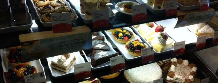 la Madeleine French Bakery & Café Cherry Street is one of Akil : понравившиеся места.
