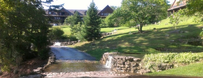 Wilderness Club At Big Cedar is one of AT&T Wi-Fi Hot Spots - Hospitality Locations.