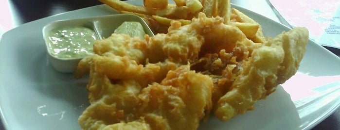Fish & Chips is one of Foodieholiclistcious.