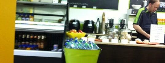 Made Fresh! is one of Lugares favoritos de Alexandra.