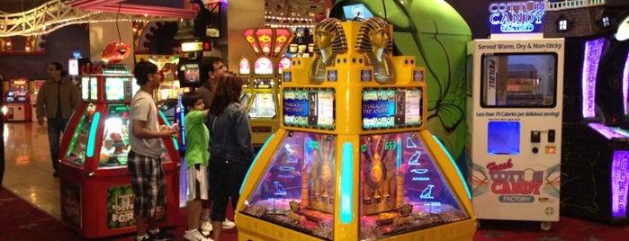 Coney Island Emporium is one of Offbeat Vegas.