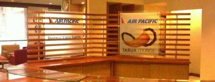 Fiji Airways Tabua Lounge is one of สถานที่ที่ Michael ถูกใจ.