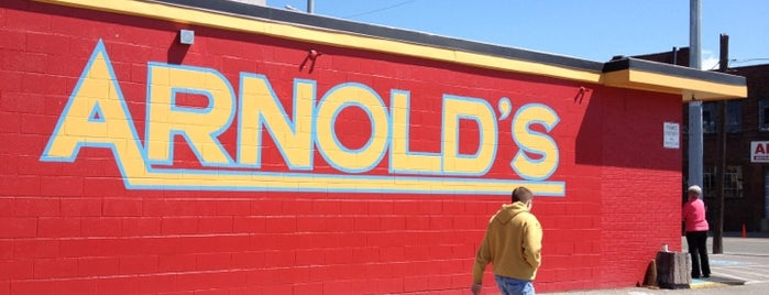 Arnold's Country Kitchen is one of Sites and Sounds in Nashvegas.