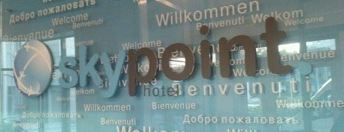 SkyPoint Hotel is one of Orte, die Alexa🌸💌🎀 gefallen.